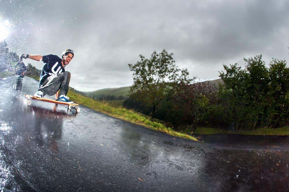 hard-longboarding2